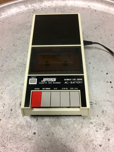 Cassette Jefferson 4002 CM Tape Recorder with box and manual. Functional. 1970s