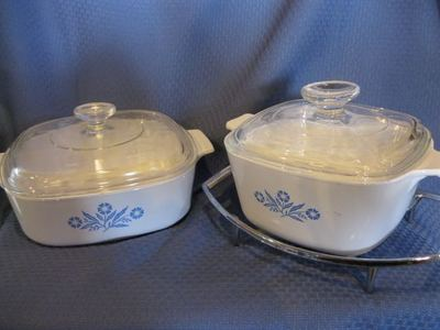 Pyrex casserole dishes mint condition